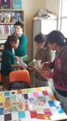 Estudiantes en taller de servicio
